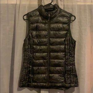 32 DEGREES Camo Vest
